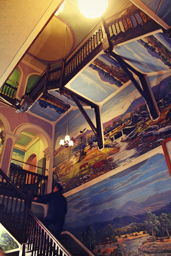 Interior murals of the Palace Hotel, Broken Hill