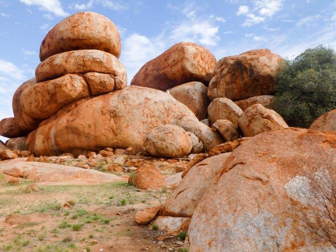 Devil's Marbles Karlu Karlu, Northern Territory, Australia